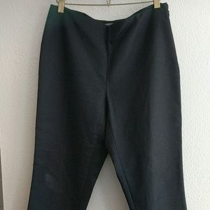 Vince Camuto Black Ankle Pants Size 6